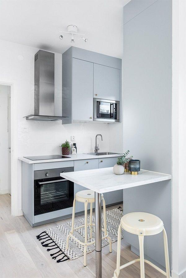 Mẫu tủ bếp thông minh cho nhà bếp chật số 3